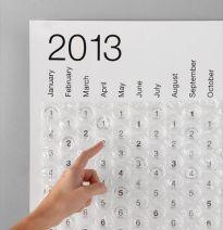 Bubble Calendar found on desingweek.com