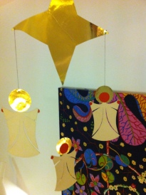more angels and some josef frank textile, aviajaspace
